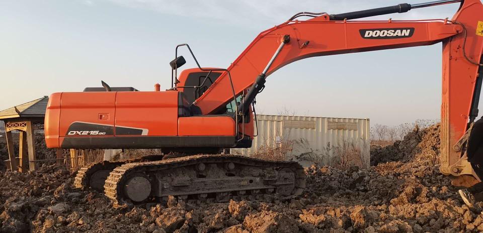 工作1700小时的斗山挖掘机再也启动不响了!
