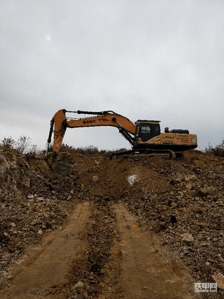 开始挖掘机生涯的第7个年头