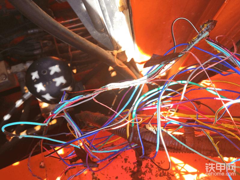 大宇挖掘機370-7全車沒有動作的故障排除-帖子圖片