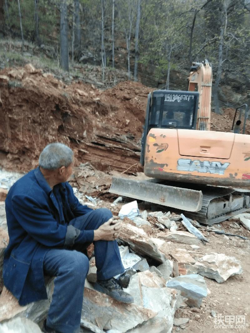 郑州的挖机司机