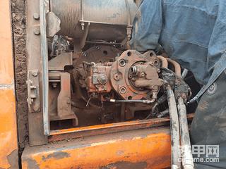 五一大笔消费:斗山225-7更换液压泵全程记录