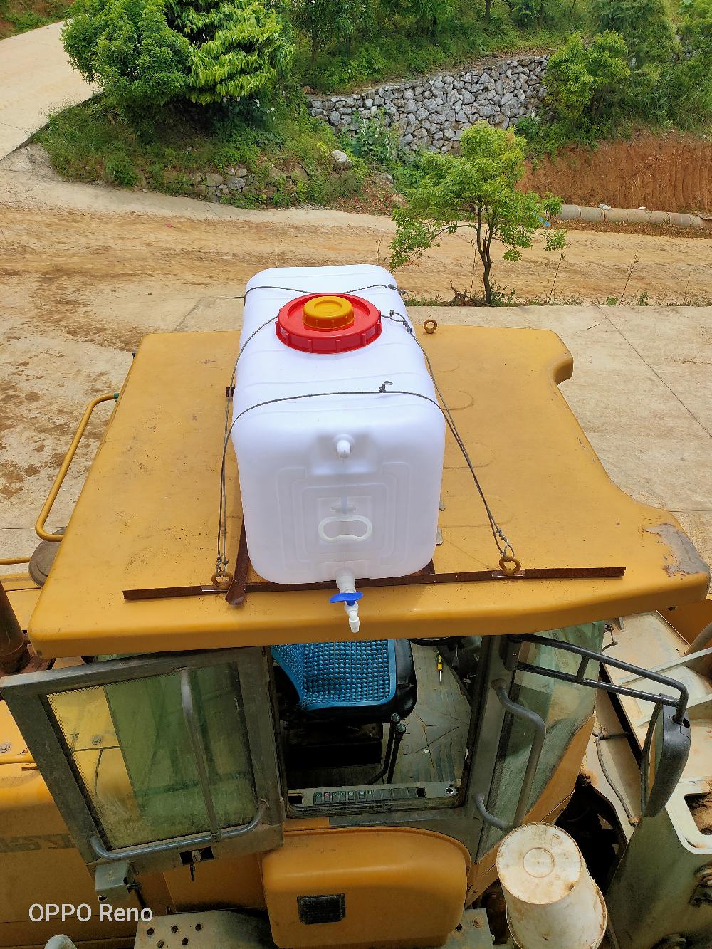 改装超大雨刷喷水壶(200升)