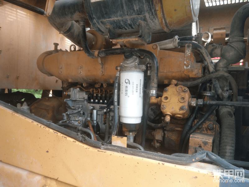 油泵也换新的,时间的原因造成调速器有旷量,直接整个新的装上,以后滤芯必须要大品牌的
