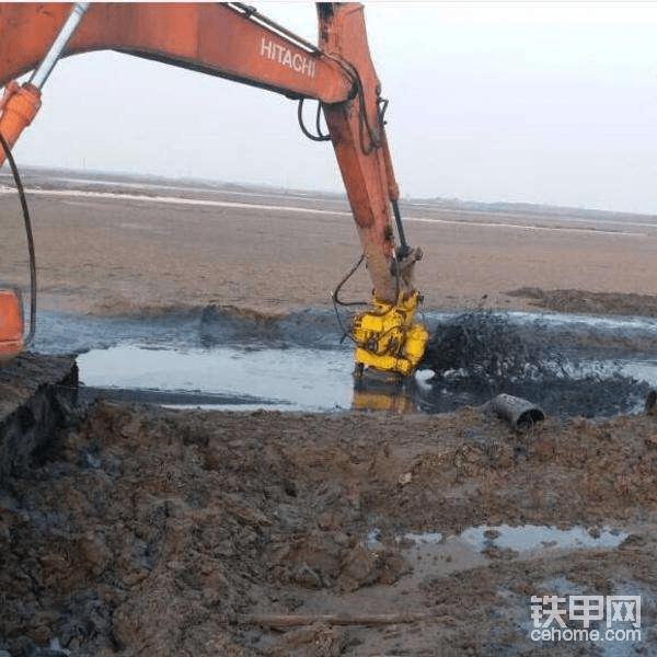 小型水陆两用挖掘机租赁-帖子图片