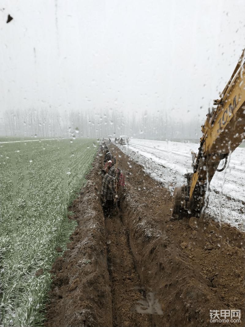 山重建机,jcm挖机7000小时,现在对这个行业想退出!