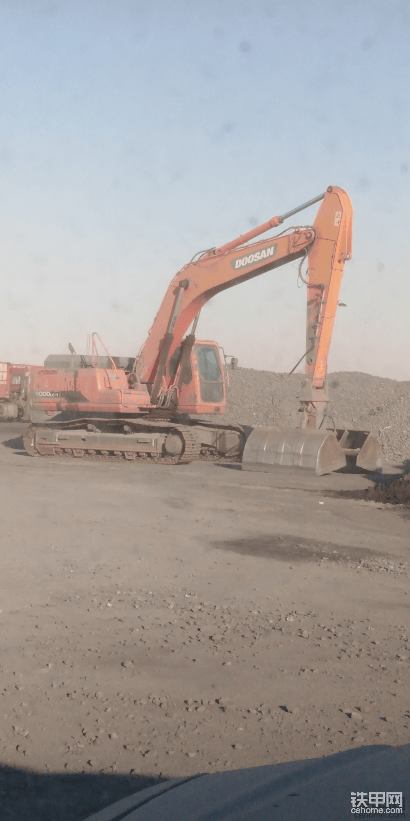 内蒙古二连浩特招聘挖掘机司机月薪7000元-帖子图片