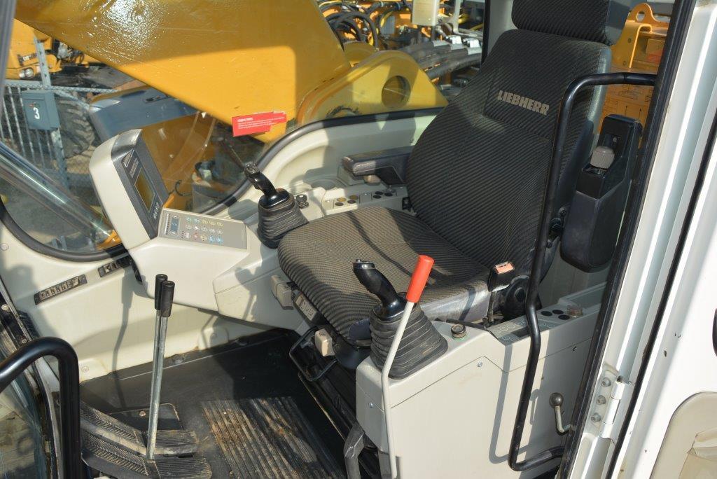 利勃海尔欧洲原装964c,西班牙进口。