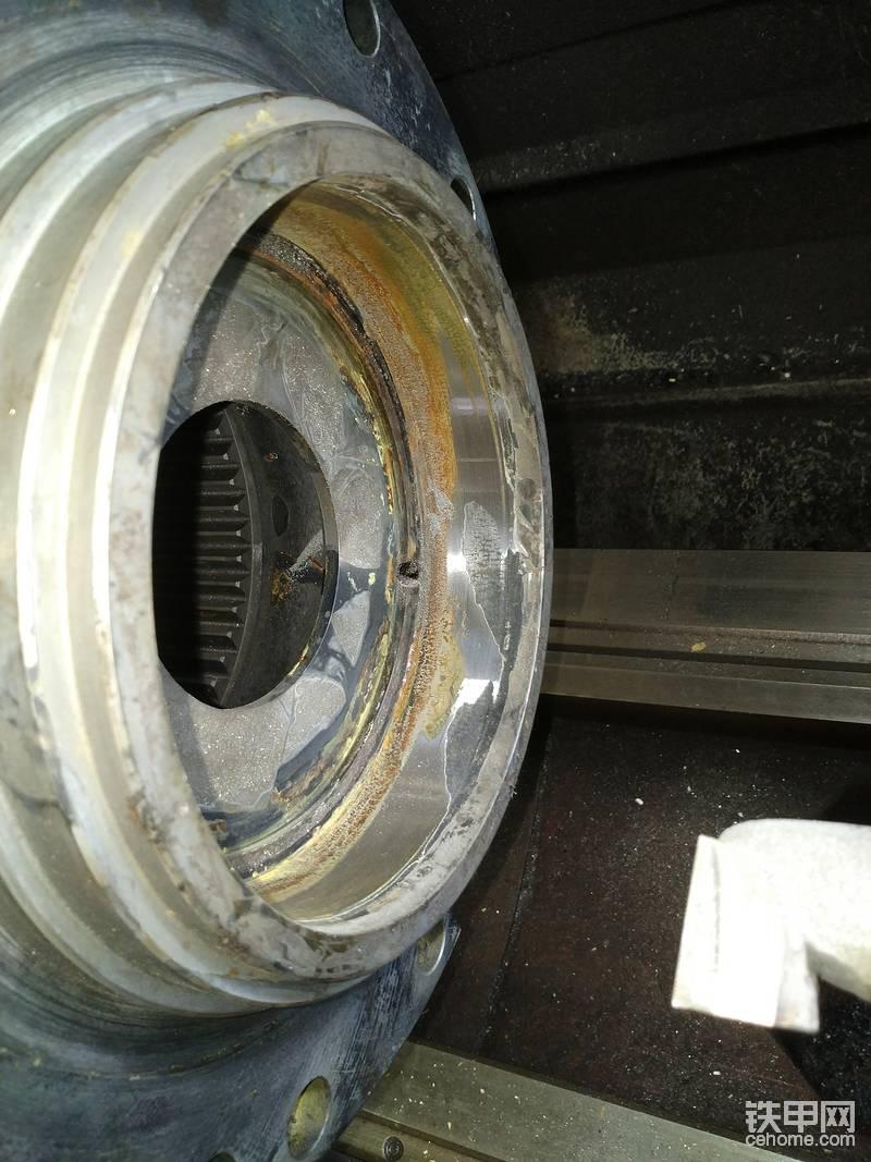 马达壳体磨损的修复;