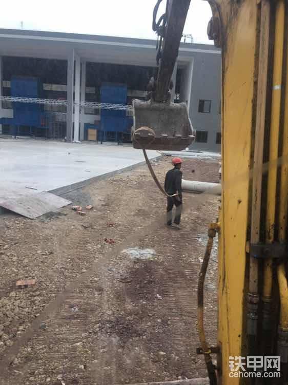 1年2月 出師單飛 修公路遇施工員刁難!-帖子圖片