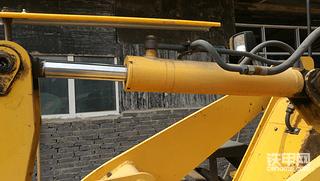 农装版和工程版小铲静态对比