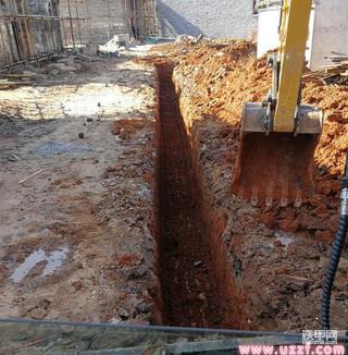 分享挖掘机简单有效的挖沟技巧