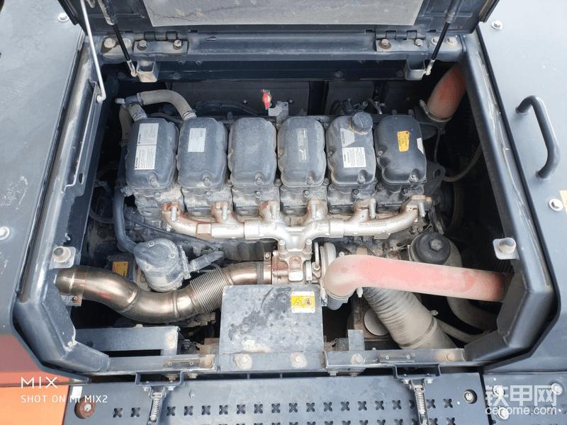 斯堪尼亚DC13发动机,功率257kw,最高转速1800rpm!十分省油,有力!和卡特彼勒336D油耗一个水平!
