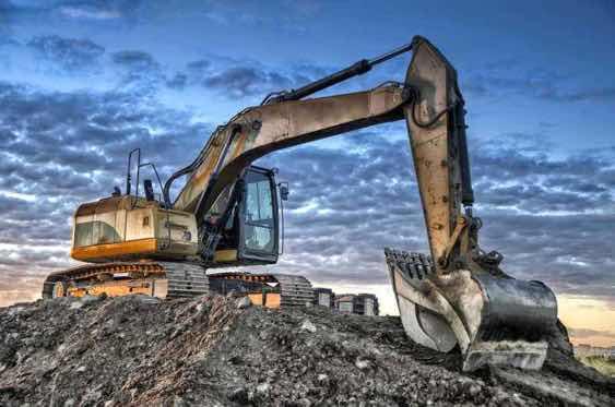 挖掘机这条路走的无怨无悔,