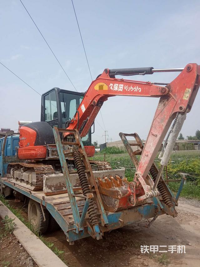 3.3万想买一台二手挖掘机,哪里可以买到?