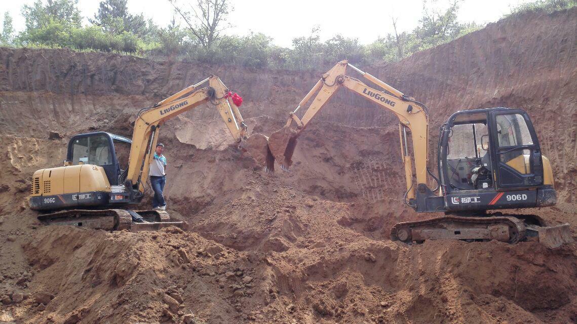 【我和挖掘机的情缘】