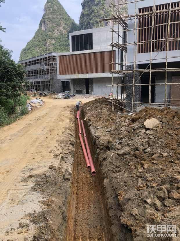 埋高压电缆管