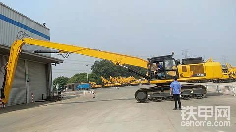 柳工950E挖机+汉欣利450打桩机新型可360°旋转
