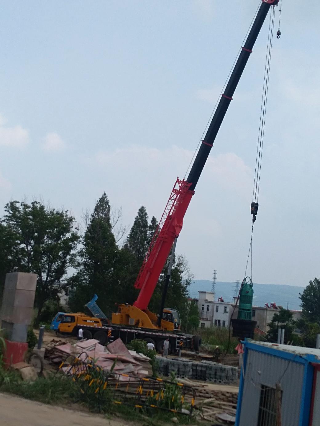 【发现三一】工地来的110吨吊车