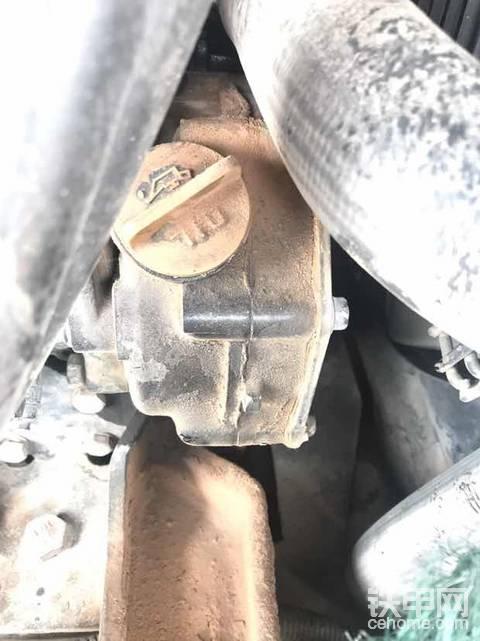机油油盖丢了该怎么办 求!