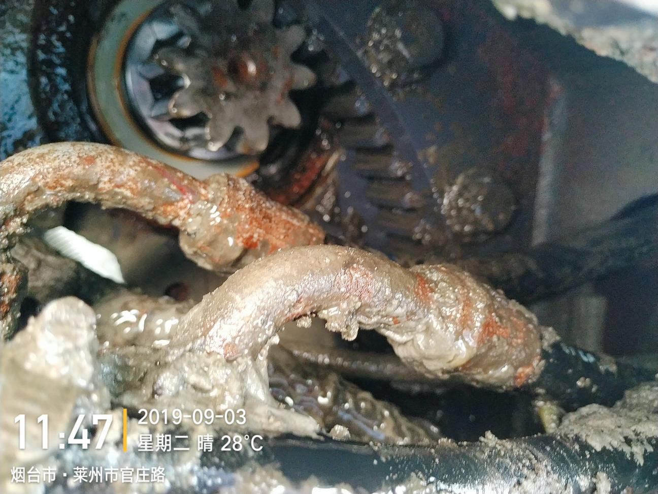 挖机回转轴承又坏了
