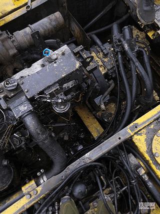 如何预防因线路问题,导致挖掘机起火。