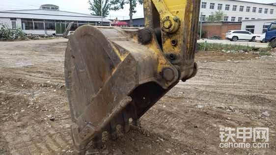 小松240挖掘机好不好-帖子图片