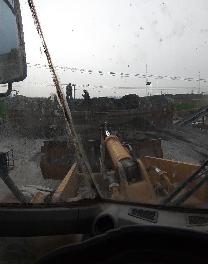 【我要火】装载机司机在水稳、沥青厂的工作内容
