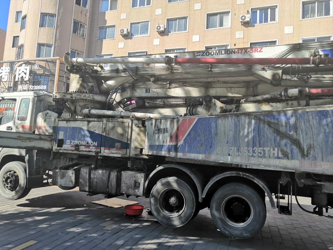 【我要当红人】中联47米泵车换恒压泵