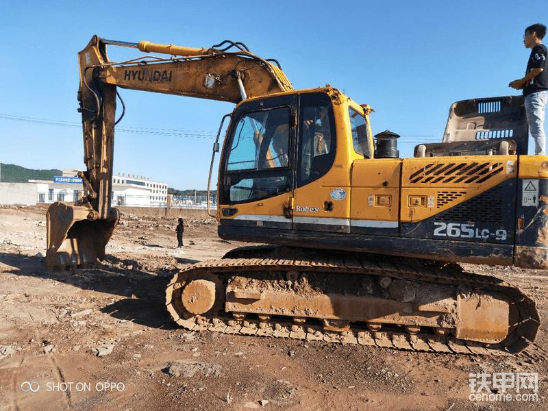 現代挖掘機-帖子圖片