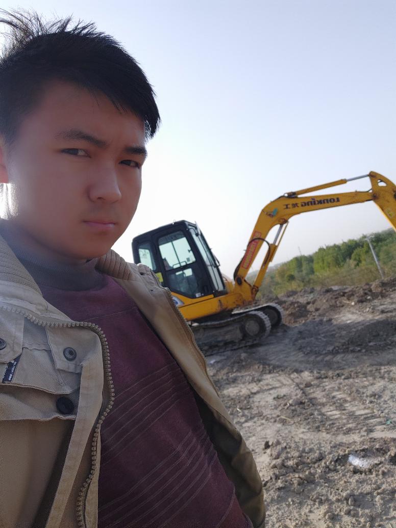 【爱上铁甲小事5】龙工机械,做个龙的传人!