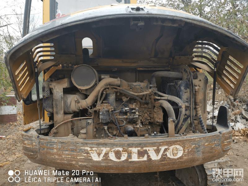 再看看纯进口沃尔沃发动机,快十年了,还是突突干活