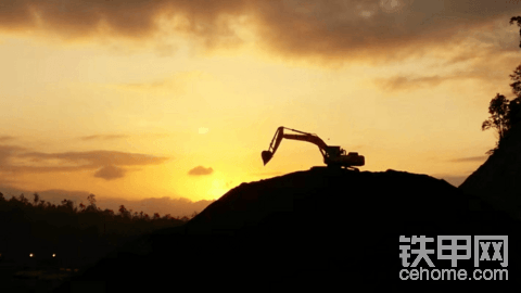 【直播】太速度了!三一重机第25万台挖机荣耀下线了