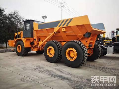 6*6铰链自卸矿用车30吨值多少