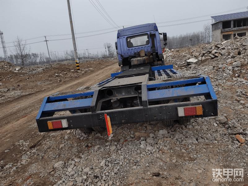挖掘机拖车-帖子图片