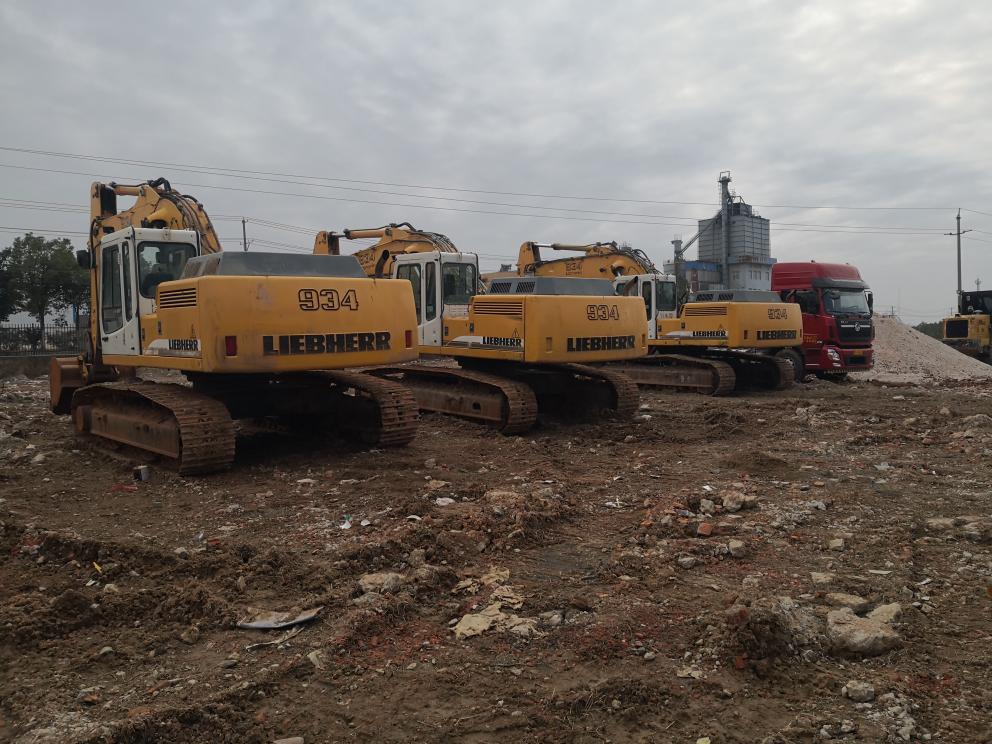 若干台极品利勃海尔934b和944b挖掘机