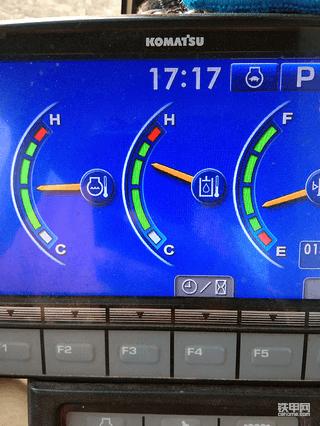 小松PC200-8M0液压油温高
