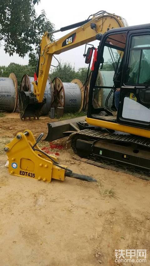 郑州,新密70卡特挖机出租,8吨随车吊出