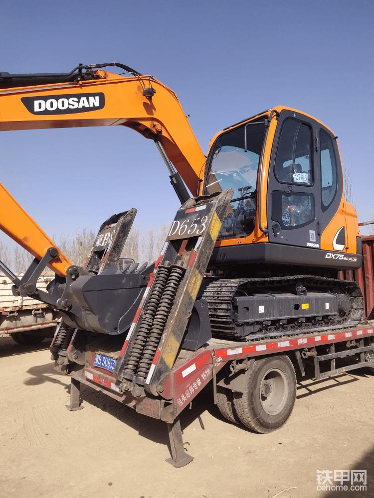 怒提斗山DX75-9C PLUS挖掘机-帖子图片