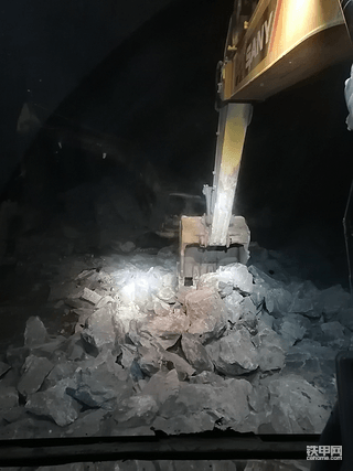 【使用报告】三一285C矿山三小时体验