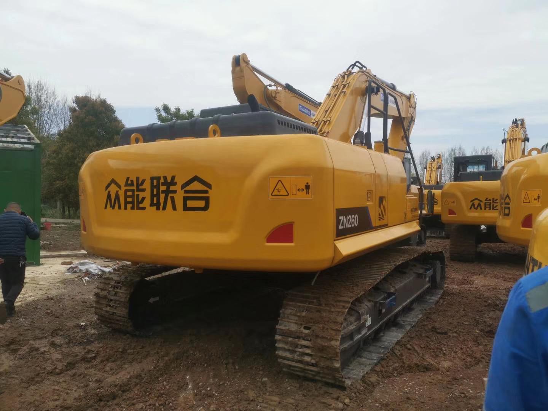 40多万的低配版20吨挖掘机来了,这还让