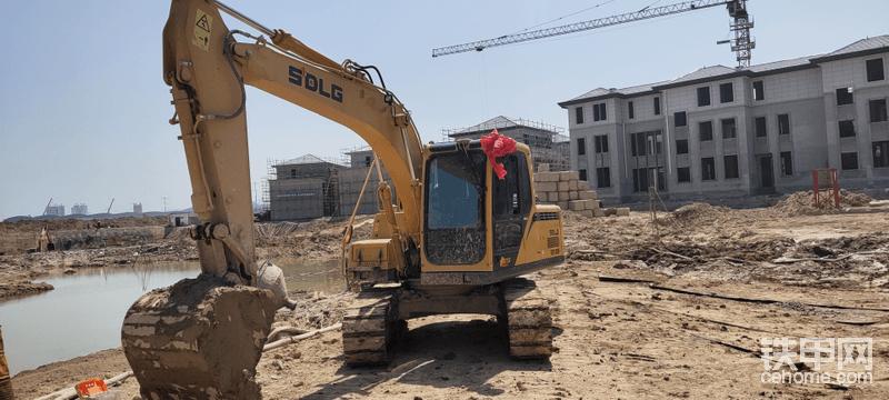 喜提山东临工E6135F挖掘机-帖子图片