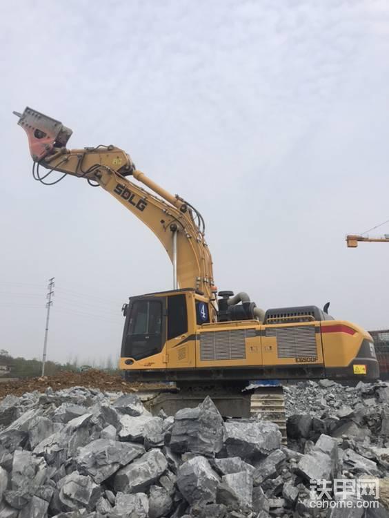 【我的好伙伴】打錘利器!山東臨工E6500F駕駛感受-帖子圖片
