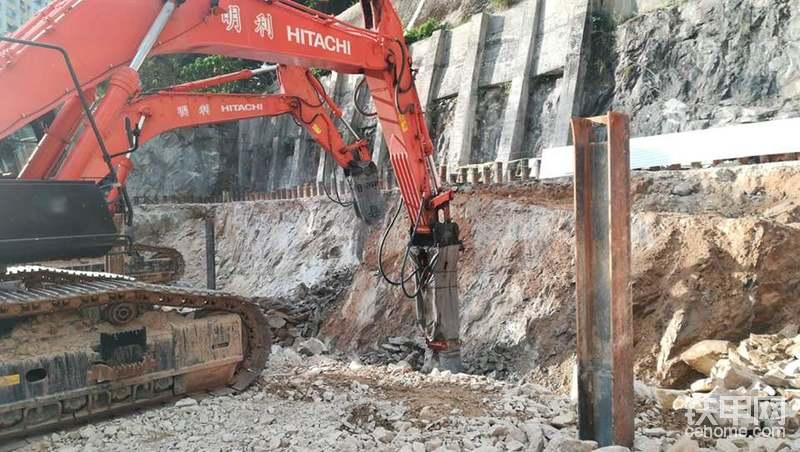 香港工地清一色使用日立挖掘机-帖子图片