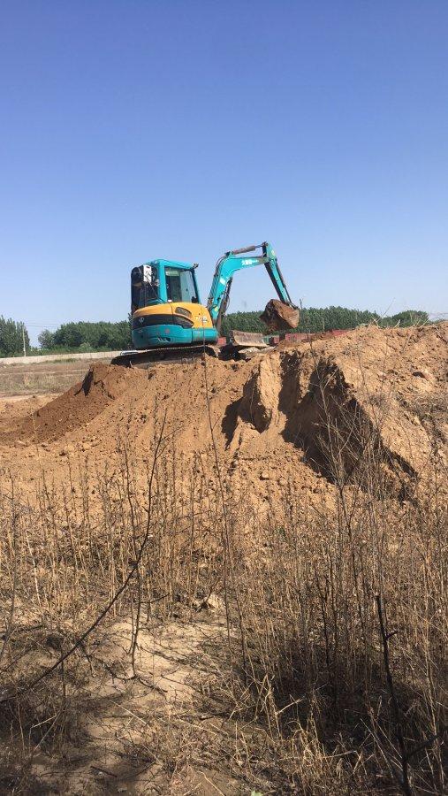 挖掘机操作