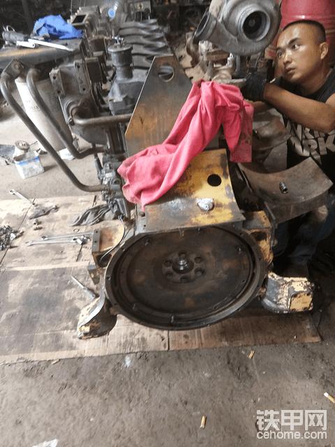 挖掘机拆车件