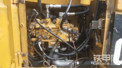 卡特312c修好液压泵行走又坏