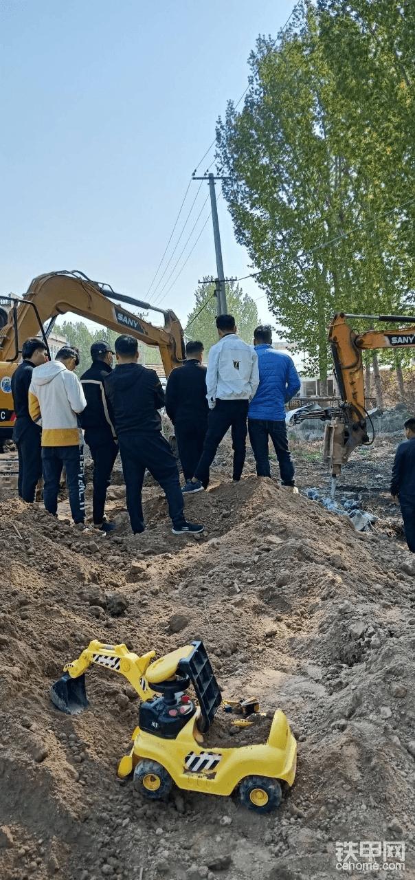 挖掘機學徒-帖子圖片