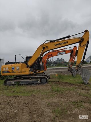 柳工920E挖掘机2000小时使用报告