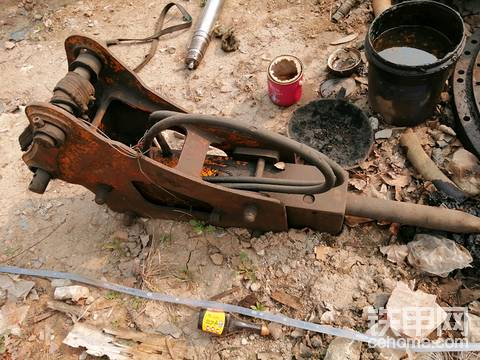 75破碎锤低价出售