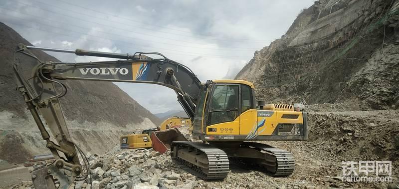 【百字说车】沃尔沃220D提车记,无惧西藏5000米海拔-帖子图片